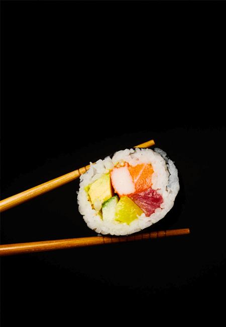sushi dans baguette chinoises